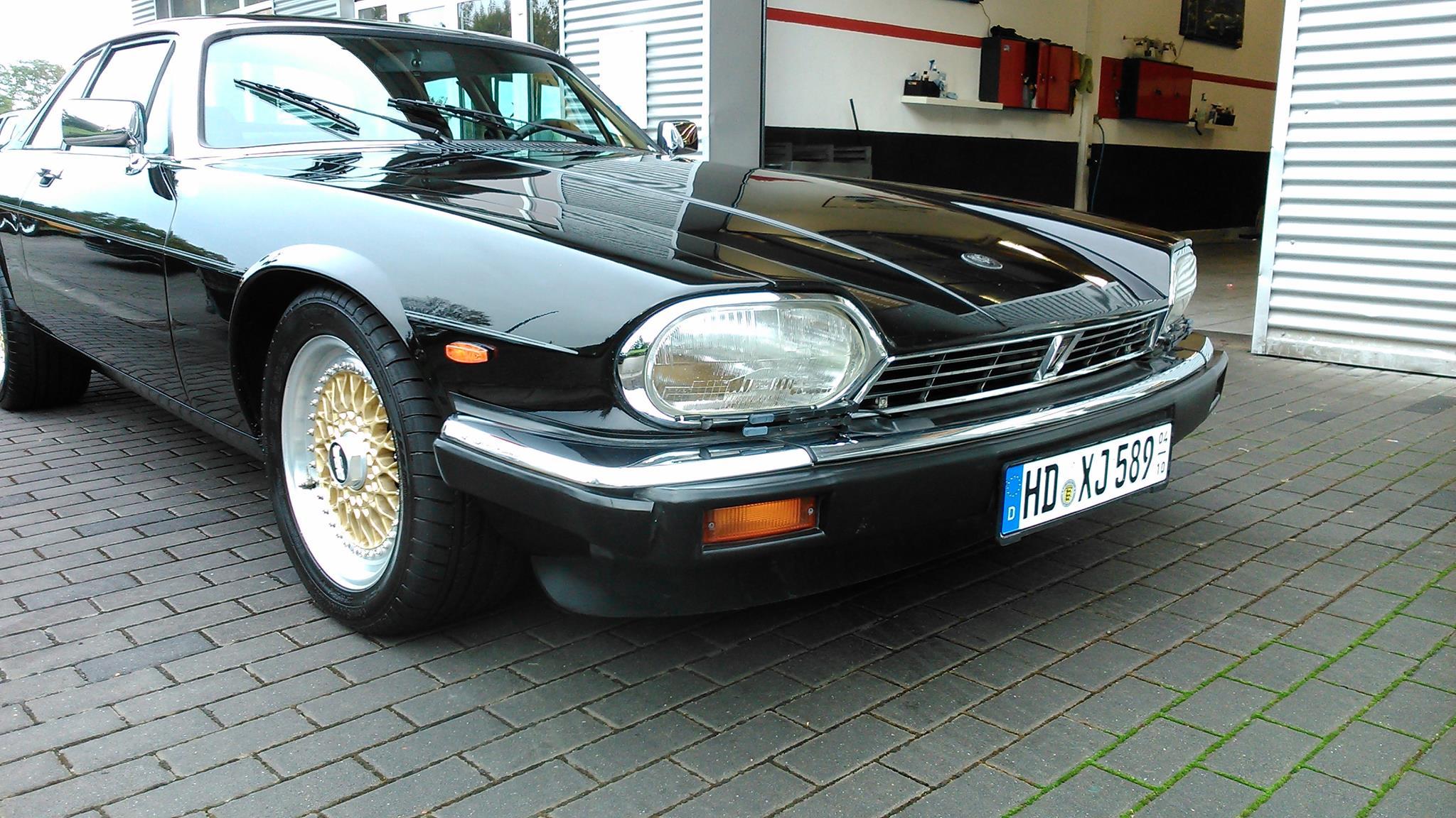Jaguar XJ Black Pearl Poliert