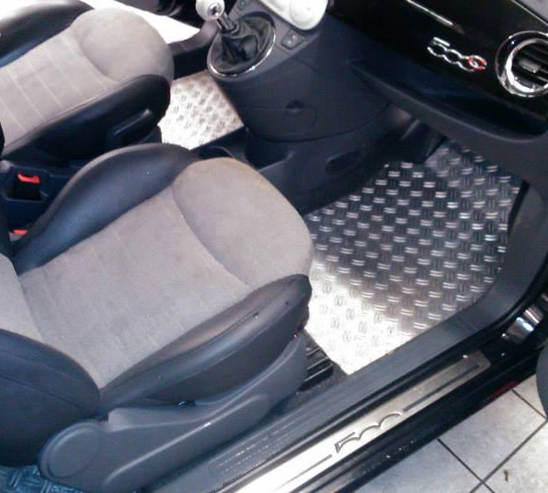 Fiat 500 Polsterreinigung vorher