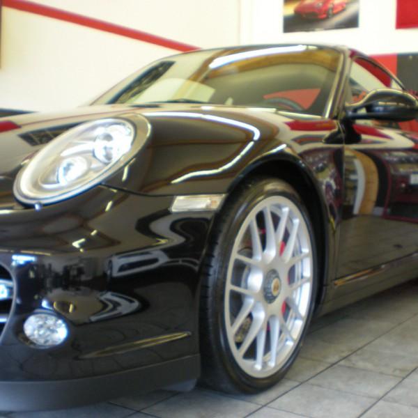 Porsche Schwarz Poliert
